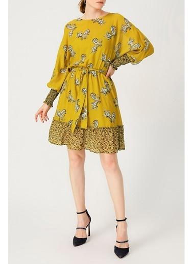 Random Kadın Kolu Gipeli Belden Bağlamalı Hardal Elbise Hardal